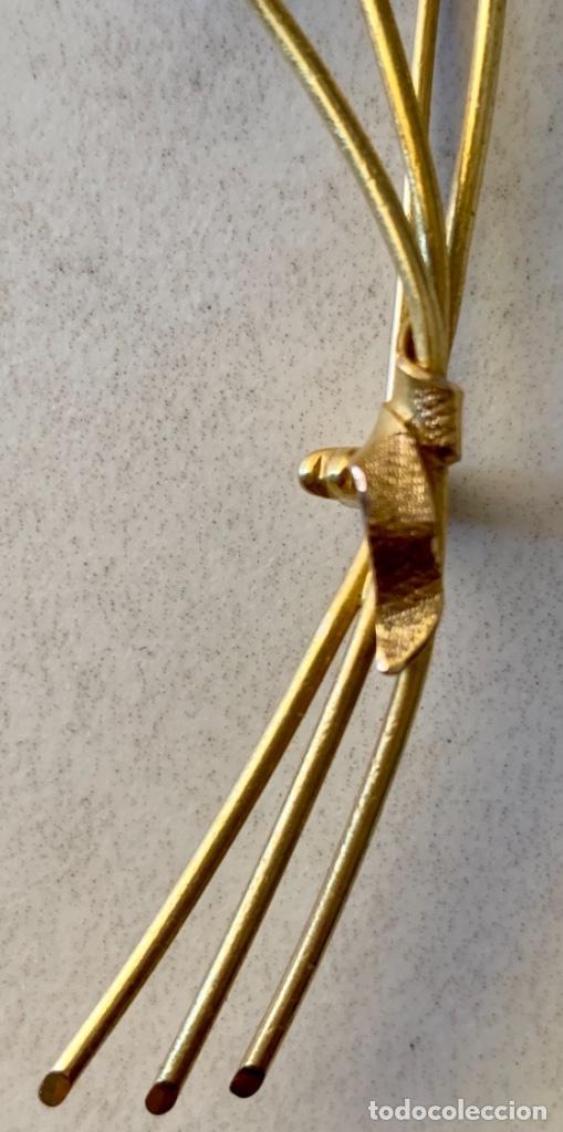Joyeria: BROCHE VINTAGE EN FORMA DE RAMO FLORES - AÑOS 60 - 70 - ORO DE 18 KT - PESO 12´5 GRAMOS - Foto 4 - 268929534