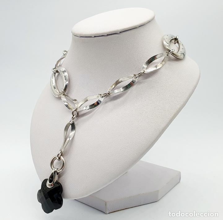 Joyeria: Original y sofisticada gargantilla en plata de ley 925 con dije de ónix facetado en forma de flor . - Foto 2 - 271377988