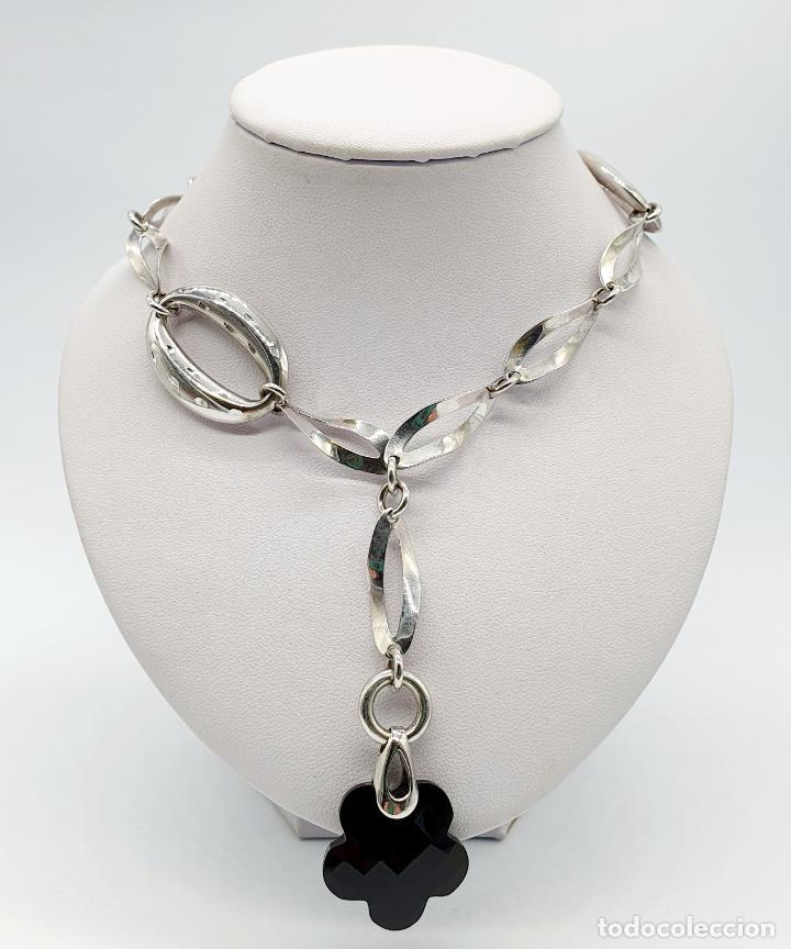 Joyeria: Original y sofisticada gargantilla en plata de ley 925 con dije de ónix facetado en forma de flor . - Foto 3 - 271377988