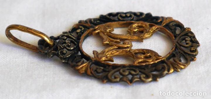 Joyeria: Antiguo colgante de plata dorada letra M - Foto 5 - 273305498