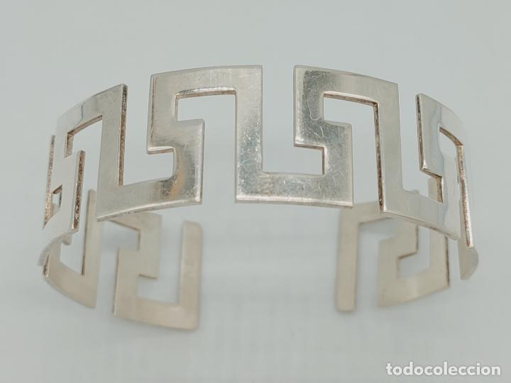 Joyeria: Magnífico brazalete en plata de ley 925 maciza formando cenefas grecas aztecas . - Foto 2 - 277502243