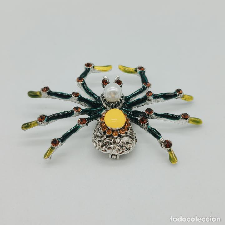 Joyeria: Gran broche colgante tarántula con acabados en plata, esmaltes al fuego, pedrería y perla . - Foto 4 - 277763083