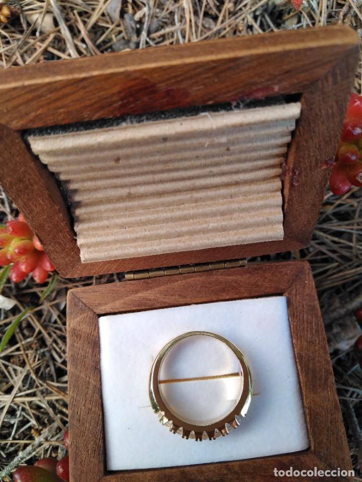 Joyeria: Anillo de compromiso laminado en oro 18k con zirconitas engarzadas - Foto 5 - 287782938