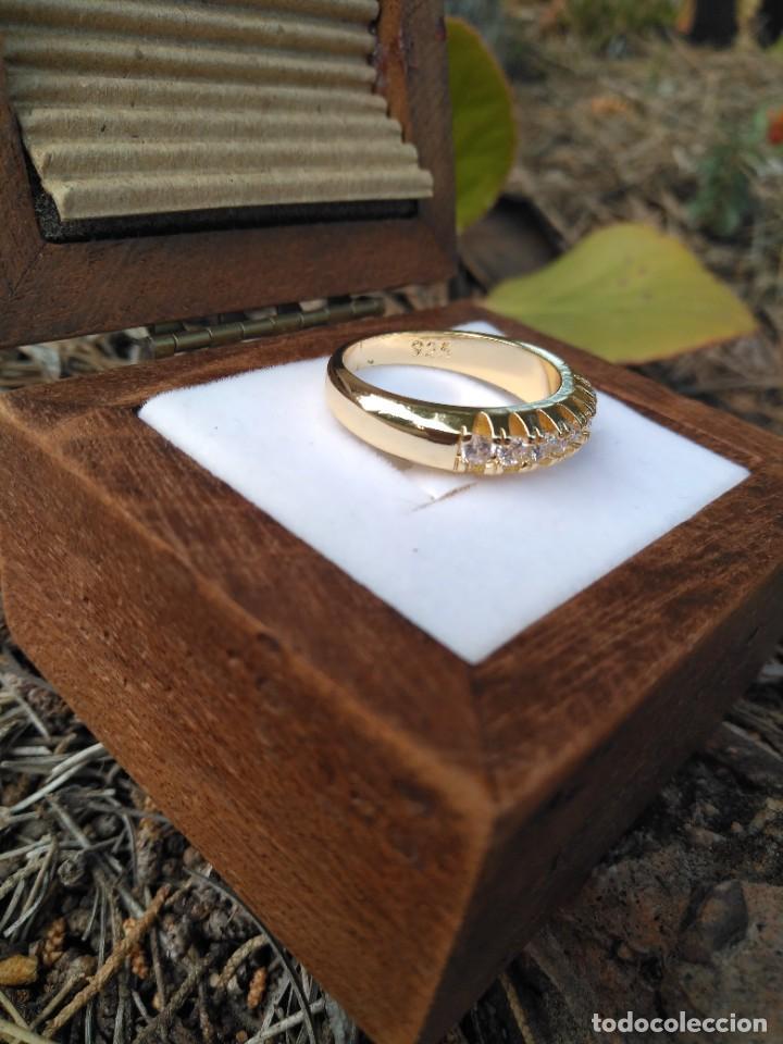 Joyeria: Anillo de compromiso laminado en oro 18k con zirconitas engarzadas - Foto 6 - 287782938