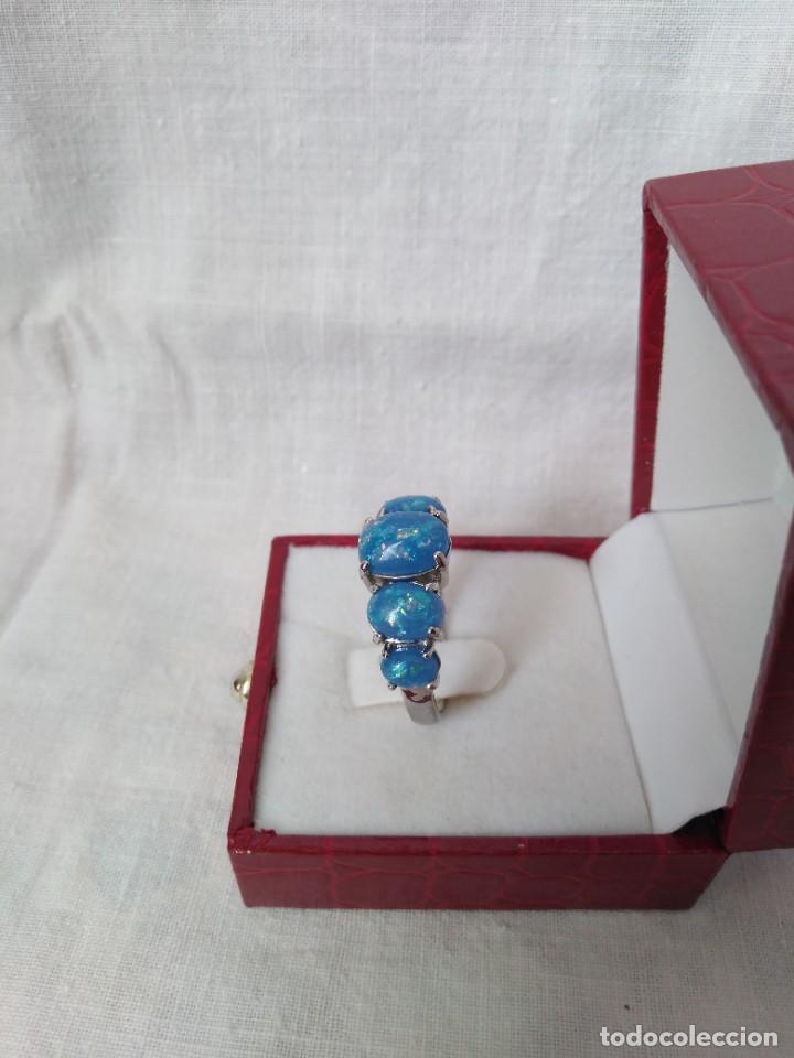 Joyeria: Fantástico anillo acabado en plata con cabujones de ópalo azul - Foto 5 - 287785188