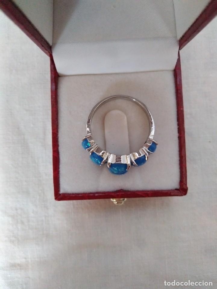 Joyeria: Fantástico anillo acabado en plata con cabujones de ópalo azul - Foto 6 - 287785188