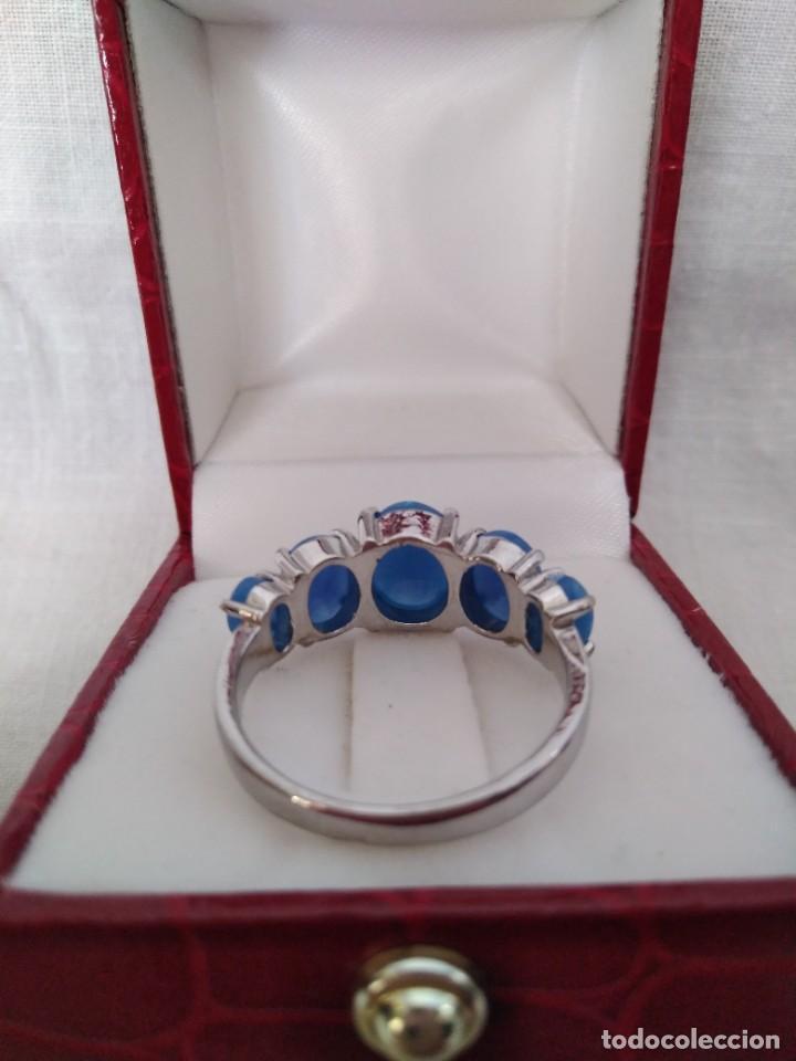 Joyeria: Fantástico anillo acabado en plata con cabujones de ópalo azul - Foto 7 - 287785188