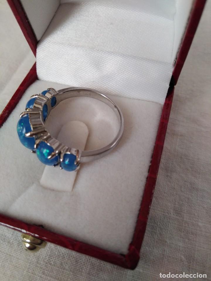 Joyeria: Fantástico anillo acabado en plata con cabujones de ópalo azul - Foto 8 - 287785188