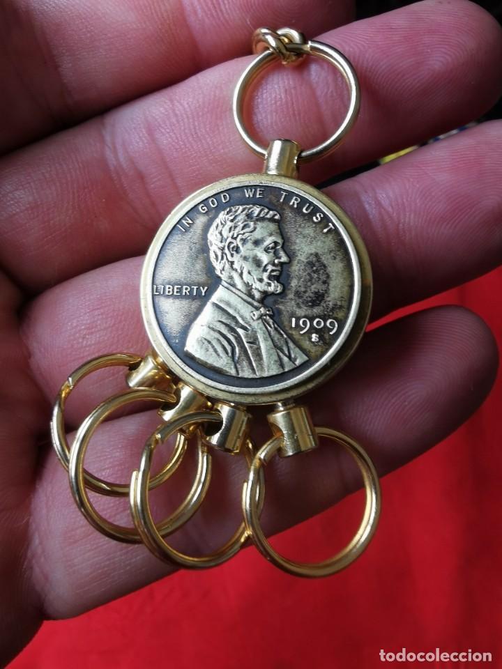 Joyeria: Cadena con dije para llaves o reloj de bolsillo. Moneda Lincoln. 1909.leer bien el anuncio - Foto 10 - 289685193