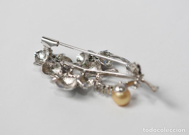 Joyeria: Precioso broche de plata de ley con circonitas y esmeraldas - Medida 5.60 cm - Foto 3 - 293670213
