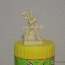 Juegos Antiguos: JUEGO DE MESA DUNGEONS & DRAGONS DE PARKER DEL 2003 FIGURA MONSTRUO ESQUELETO ROL. Lote 52161928