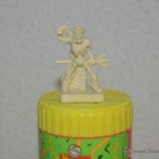 Juegos Antiguos: JUEGO DE MESA DUNGEONS & DRAGONS DE PARKER DEL 2003 FIGURA MONSTRUO ESQUELETO ROL. Lote 52161936