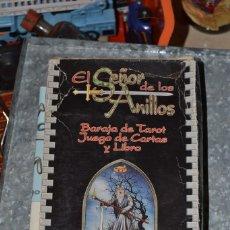 Juegos Antiguos: EL SEÑOR DE LOS ANILLOS BARAJA DE TAROT JUEGO DE CARTAS Y LIBRO . Lote 71194245