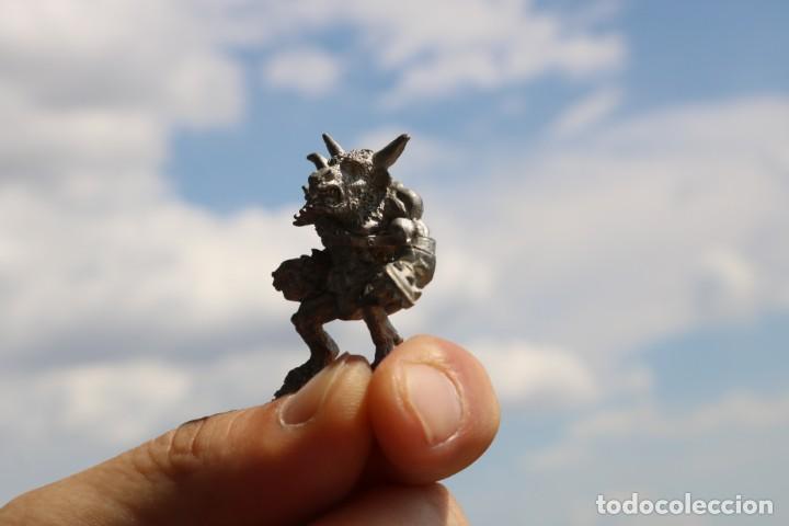 Juegos Antiguos: Blood Bowl miniatura Minotauro metal original big guy Games Workshop warhammer citadel figura - Foto 2 - 131627618