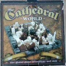 Juegos Antiguos: CATHEDRAL WORLD JUEGO DE ESTRATEGIA Y HABILIDAD FAMILY GAMES. Lote 146849900