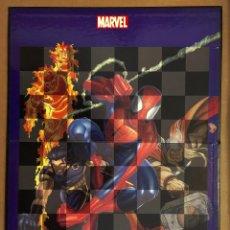 Alte Spiele - Tablero de ajedrez plegable MARVEL. 2002. solo tablero. cartón forrado. - 151986318