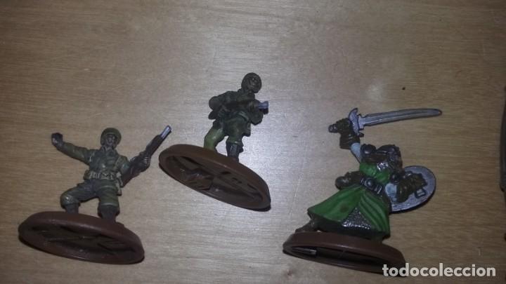 Juegos Antiguos: figuras de rol desconozco juego. samurais soldados guerreros robot.... - Foto 2 - 159890974