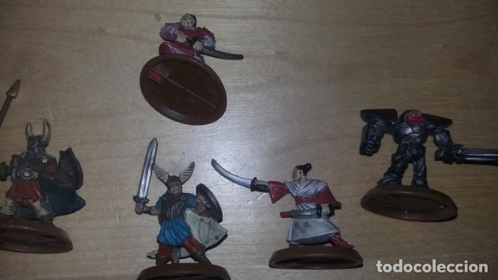 Juegos Antiguos: figuras de rol desconozco juego. samurais soldados guerreros robot.... - Foto 3 - 159890974