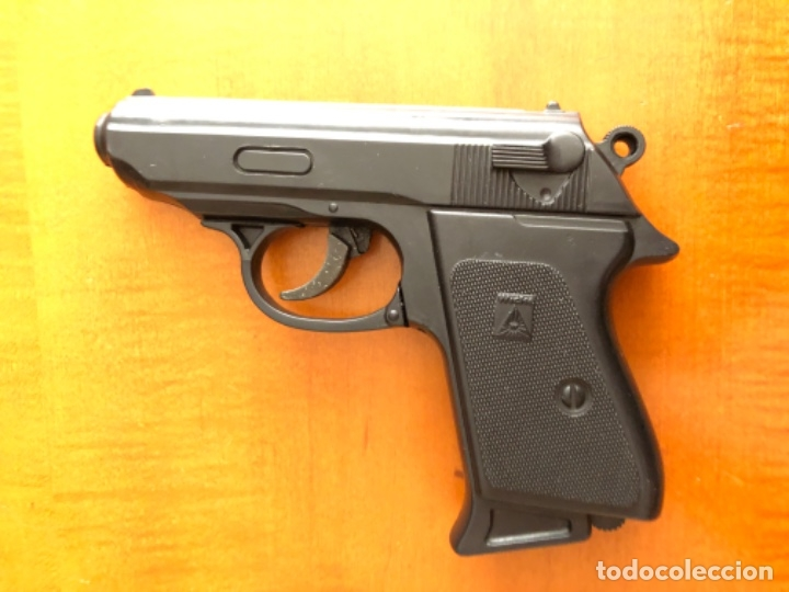 Juegos Antiguos: Pistola alemana de plástico wicke - Foto 2 - 179232893