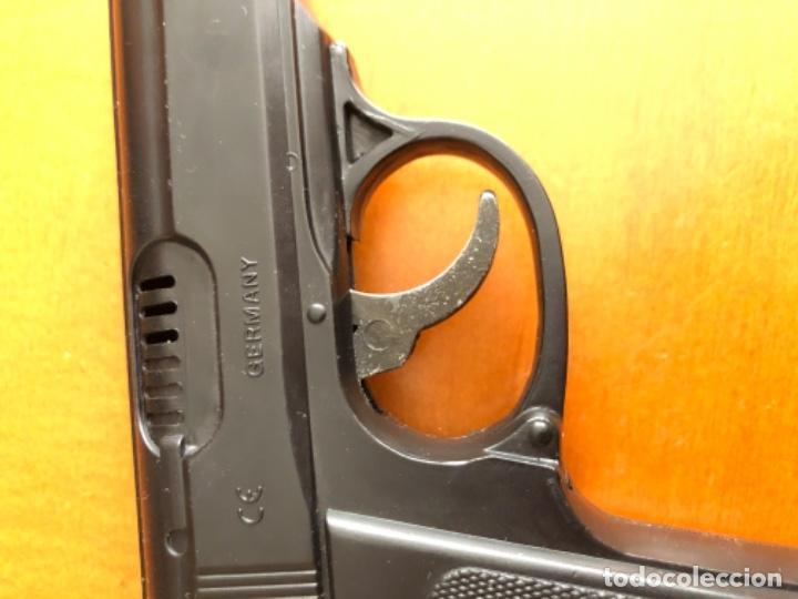 Juegos Antiguos: Pistola alemana de plástico wicke - Foto 3 - 179232893