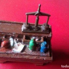 Juegos Antiguos: BALANZA HEROQUEST,JOS. Lote 181909431