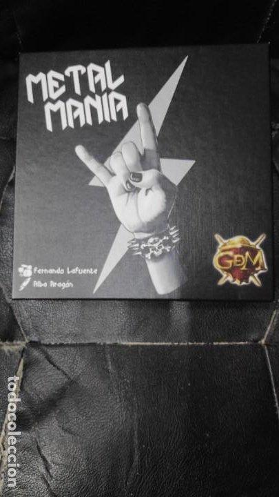 METAL MANIA ( CREA TU PROPIA BANDA CON LOS MEJORES MUSICOS DE LA HISTORIA Y CONQUISTA EL TRONO ) (Juguetes - Rol y Estrategia - Otros)
