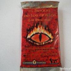 Juegos Antiguos: CARTAS MAGIC EL SEÑOR DE LOS ANILLOS LOS DRAGONES LOTE 8 SOBRES. Lote 195888662