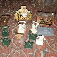 Juegos Antiguos: LOTE FIGURAS Y DECORADO HEROQUEST, HERO QUEST, 1989. MB.. Lote 198529106