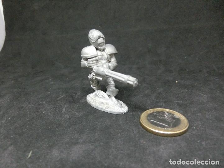Juegos Antiguos: Figura Espacial futurista. Rara. Años 90 - Foto 3 - 216765730