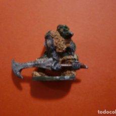 Juegos Antiguos: GUERRERO ORCO GRENADIER PLOMO 198.. SELLADO EN BASE NO SE VE BIEN LA FECHA 2'5 X 2 CM.. Lote 238099510