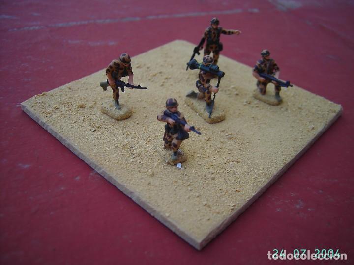 DIORAMA SOLDADOS AMERICANOS EN IRAK.ESCALA 1/72. (Juguetes - Rol y Estrategia - Otros)