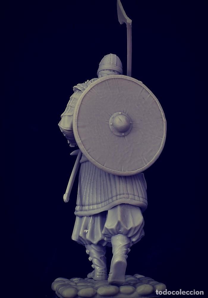 Juegos Antiguos: VIKING RAID. Vikingo. FIGURA DE ESCALA 70 MM KIT DE RESINA PARA MONTAR Y PINTAR. NUEVO. NOCTURNA. - Foto 3 - 270405363