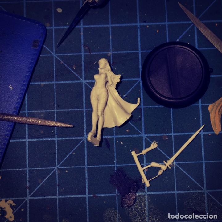 Juegos Antiguos: LUZ. FIGURA DE ESCALA 30 MM KIT DE RESINA PARA MONTAR Y PINTAR. NUEVO. NOCTURNA - Foto 4 - 270410418