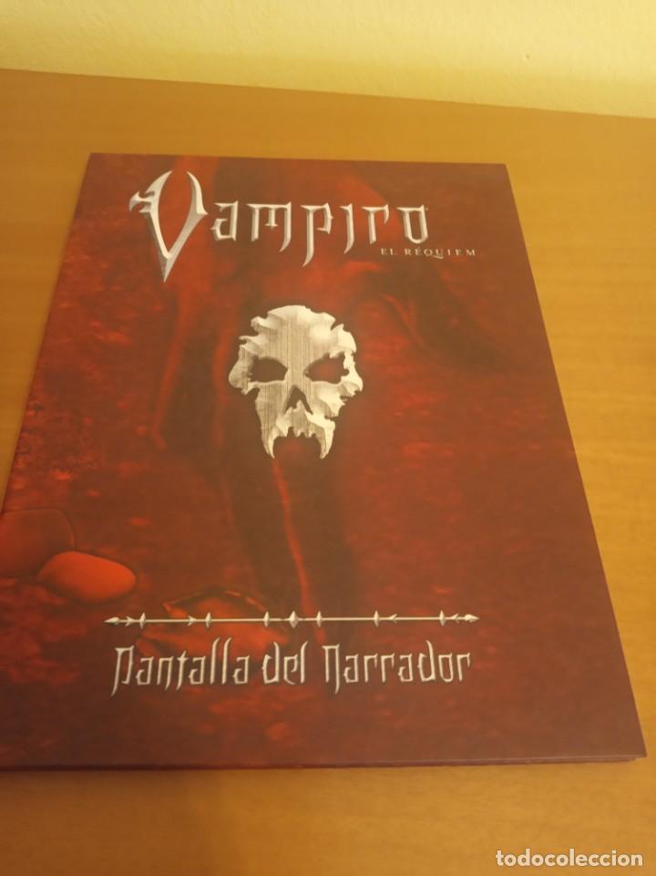 VAMPIRO- EL REQUIEM- LIBRO DE ROL MÁS PANTALLA DEL NARRADOR. EN PERFECTO ESTADO (Juguetes - Rol y Estrategia - Juegos de Rol)