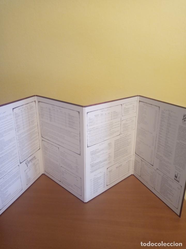 Juegos Antiguos: Vampiro- El Requiem- Libro de rol más pantalla del narrador. En perfecto estado - Foto 3 - 284590503