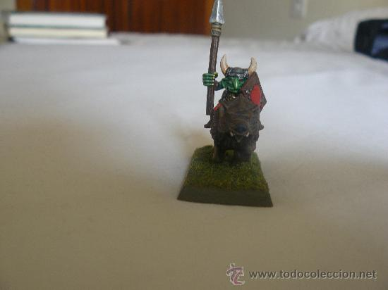 Juegos Antiguos: 28mm WARHAMMER JINETE LOBO GOBLIN PINTADO DE LA MARCA GAMES WORSHOP - Foto 3 - 31057944