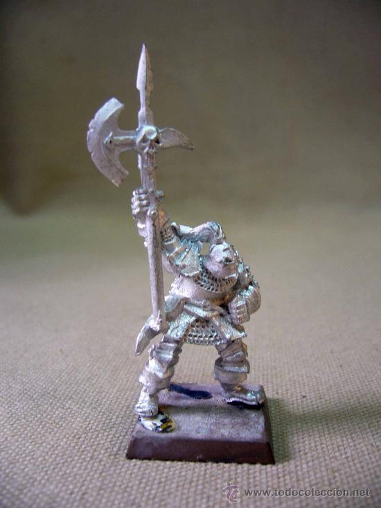 FIGURA DE PLOMO, VETERANO, WARHAMMER, GW, 2001, GAME WORKSHOP (Juguetes - Rol y Estrategia - Warhammer)
