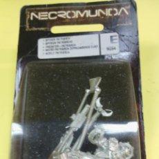 Juegos Antiguos: NECROMUNDA PATRIARCA DEPREDADOR (PREDATOR) WARHAMMER MUY DIFÍCIL DE ENCONTRAR EN SU BLISTER ORIGINAL. Lote 39939804