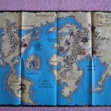Juegos Antiguos: POSTER EL MUNDO DE WARHAMMER REINO DEL CAOS MAPA 2000 EDICIONES ALTAYA 84 X 57 CM. Lote 119838132
