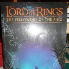 Juegos Antiguos: LIBROTHE LORD OF THE RINGS THE FELLOWSHIP OF THE RING JUEGO BATALLAS ESTRATEGICAS. Lote 47294332