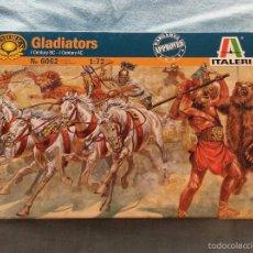 Juegos Antiguos: CAJA GLADIADORES MODELISMO.. Lote 159202021