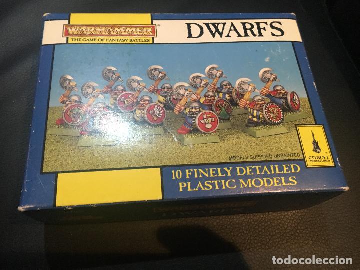 Usado, caja vacia dwarfs warhammer game of fantasy battles 10 finely detailed plastic models citadel 1993 segunda mano