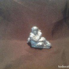 Juegos Antiguos: INJURED CADIAN IMPERIAL GUARD WARHAMMER 40K SOLDADO DE CADIA HERIDO METAL. Lote 125316051