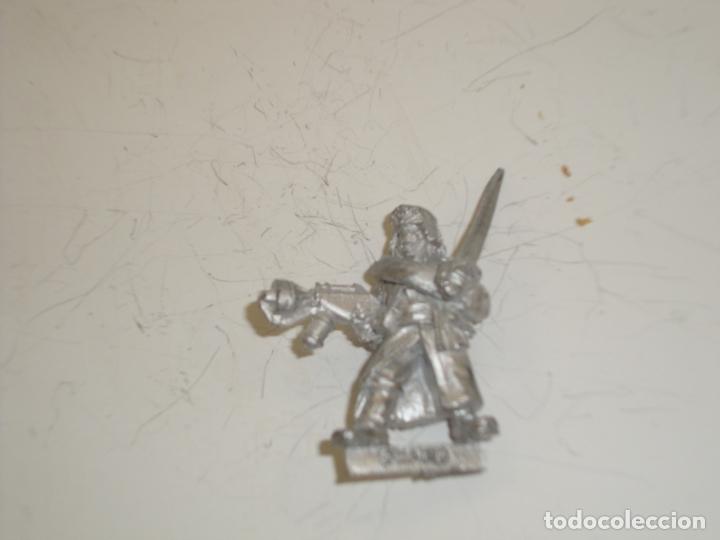 Juegos Antiguos: Warhammer 40000 Valhalla Sargento pistola lanzallas y espada - Foto 2 - 165859378