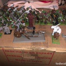 Juegos Antiguos: PACK EJÉRCITO DE ORCOS WARHAMMER 2002. Lote 167077245