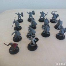 Juegos Antiguos: LOTE DE 14 GUERREROS, SOLDADOS EL SEÑOR DE LOS ANILLOS. WARHAMMER. . LORD OF THE RING. Lote 177556019