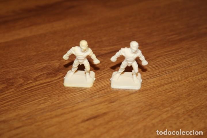Juegos Antiguos: 8 miniaturas momia zombie esqueleto monstruos HeroQuest MB 1989 sin pintar juego Games Workshop - Foto 4 - 210225175