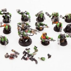 Jeux Anciens: LOTE DE FIGURAS WARHAMMER 40000 - 26 ORCOS. Lote 190705093