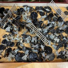 Juegos Antiguos: LOTE DE FIGURAS GAMES WORKSHOP WARHAMMER DEL SEÑOR DE LOS ANILLOS. Lote 194901851