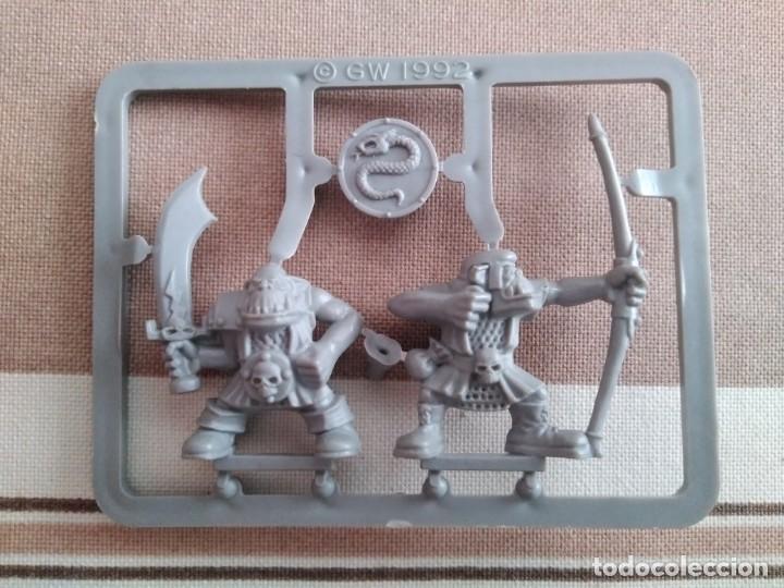 Juegos Antiguos: Warhammer guerreros del caos, hombres bestia, orcos, arqueros - oldhammer nuevos - Foto 3 - 195342841